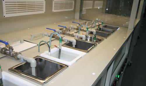 Линия химической подготовки подложек перед напылением резистивных и проводниковых слоев