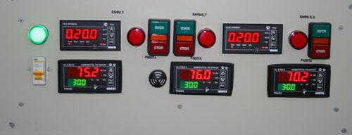 Точность поддержания температуры растворов в регулируемом диапазоне должна быть +- 1С